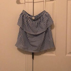 H&M Ruffled Strapless Top